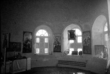 храм внутри 1998 г.